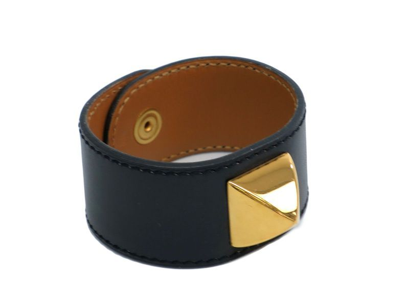 #HERMES Medor Bangle Box Calfskin Black (BF105675): #eLADY global accepts returns within 14 days, no matter what the reason! For more pre-owned luxury brand items, visit http://global.elady.com