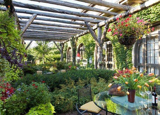 garden-sitting-area-ideas-lovely-garden-retreats-and ...