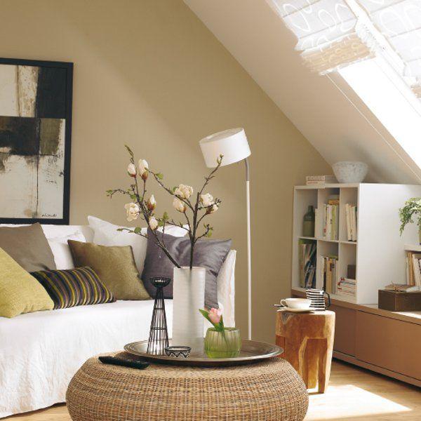 wohnzimmer mit dachschr gen gestalten der kopf dachs und kopf. Black Bedroom Furniture Sets. Home Design Ideas
