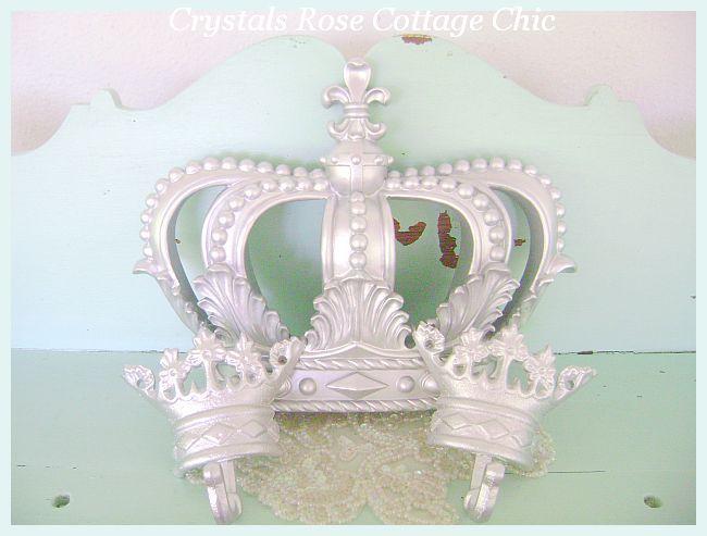 Metallic Silver Fleur De Lis Bed Crown Set