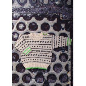 Drenge sweater med rundt bærestykke - Gratis PDF strikkeopskrift