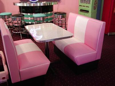 the cruiser diner booth set in pink trailer house. Black Bedroom Furniture Sets. Home Design Ideas