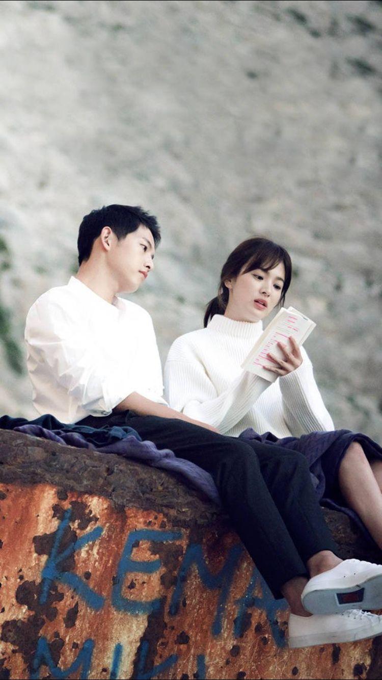 Cpt Yoo Si Jin Dr Kang Mo Yeon Descendants Of The Sun