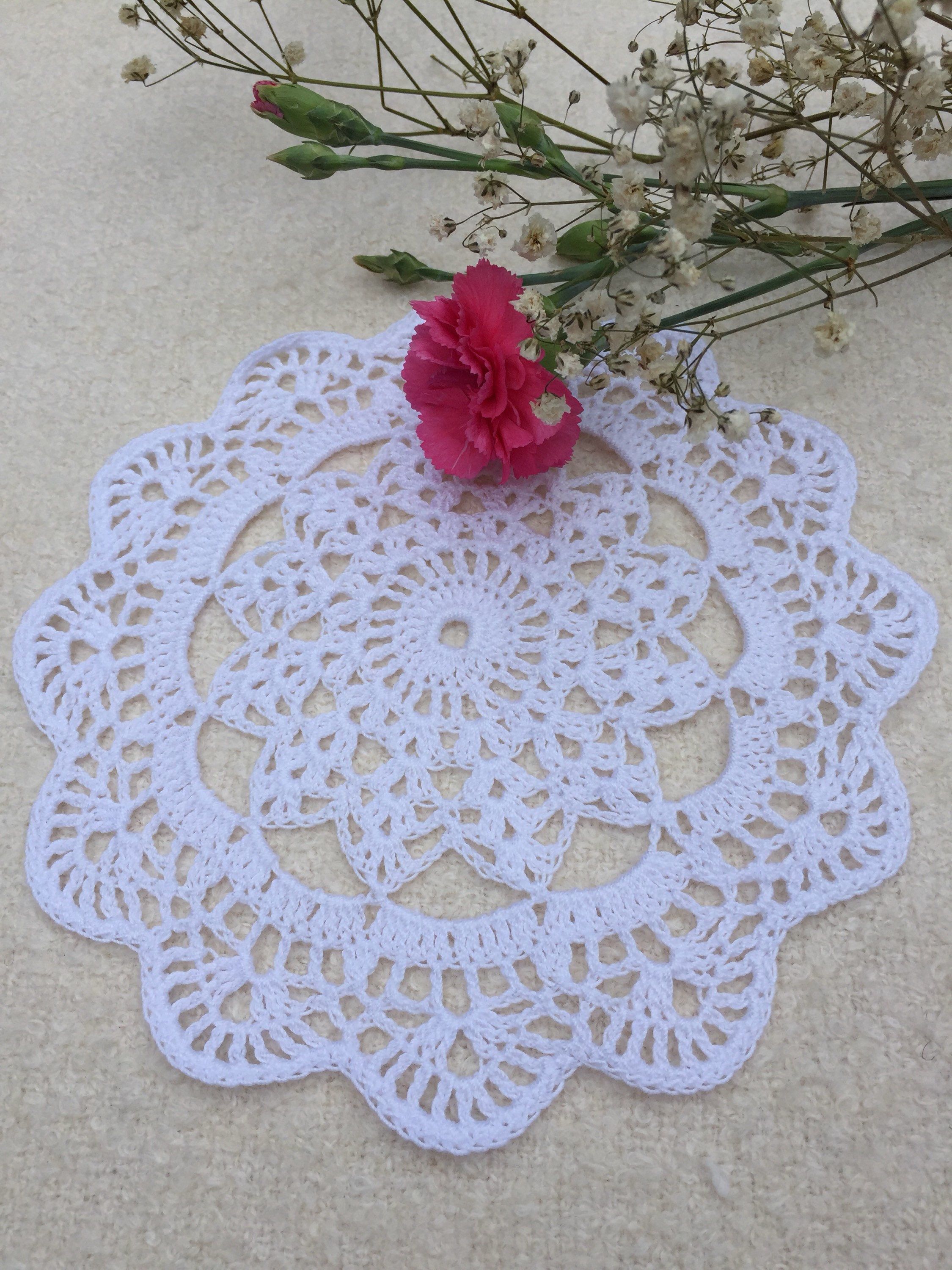 Knitted wedding decorations  Crochet Lace Doily Table Decoration Knitted White Round Doily Cotton