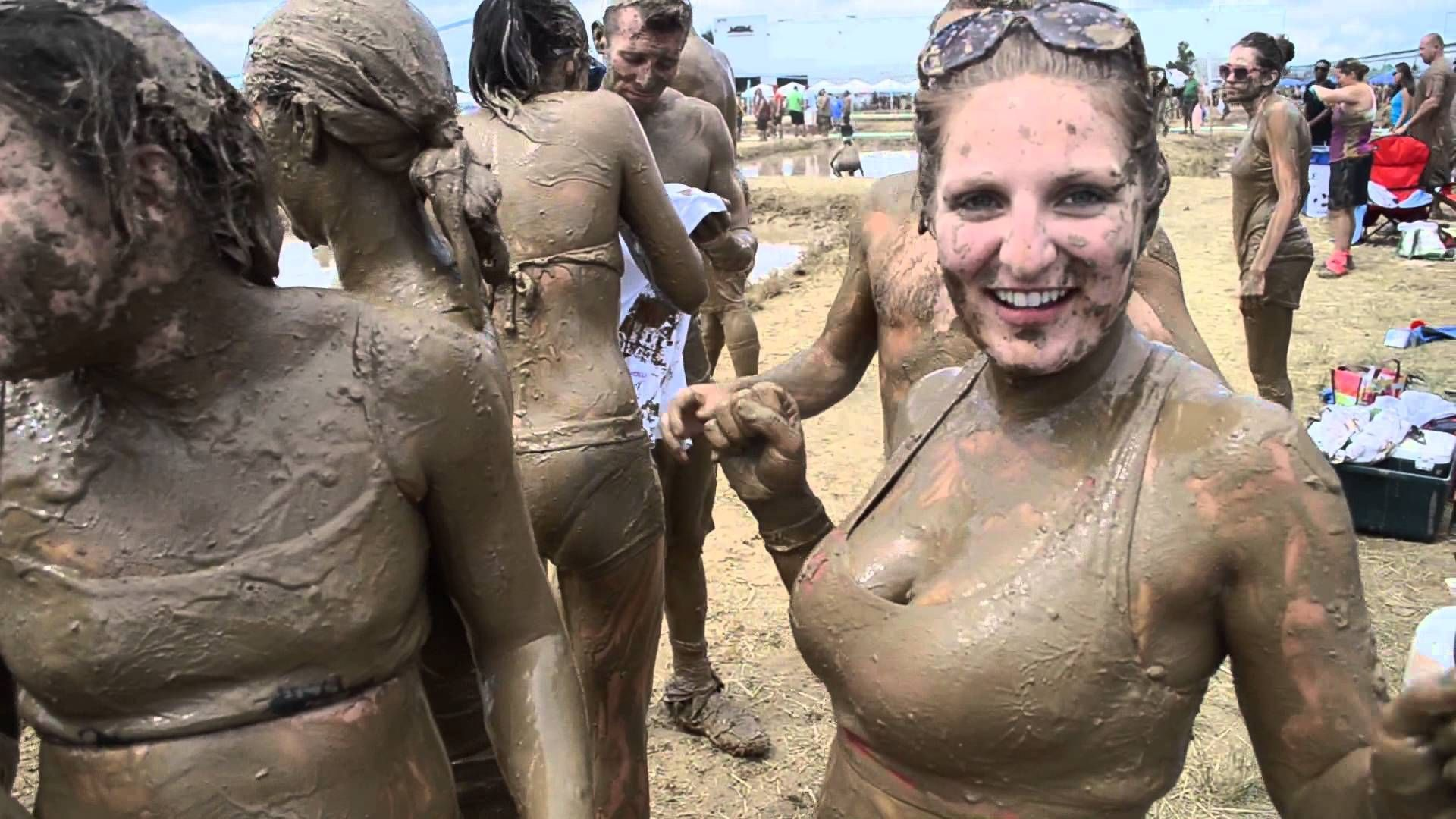 Nude female mud wrestling-2296