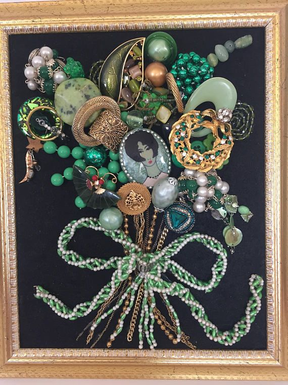 Jewelry Wall Art Framed Picture Jewelry Pictures Framed Vintage Jewelry Crafts Vintage Jewelry Art Vintage Jewelry Repurposed