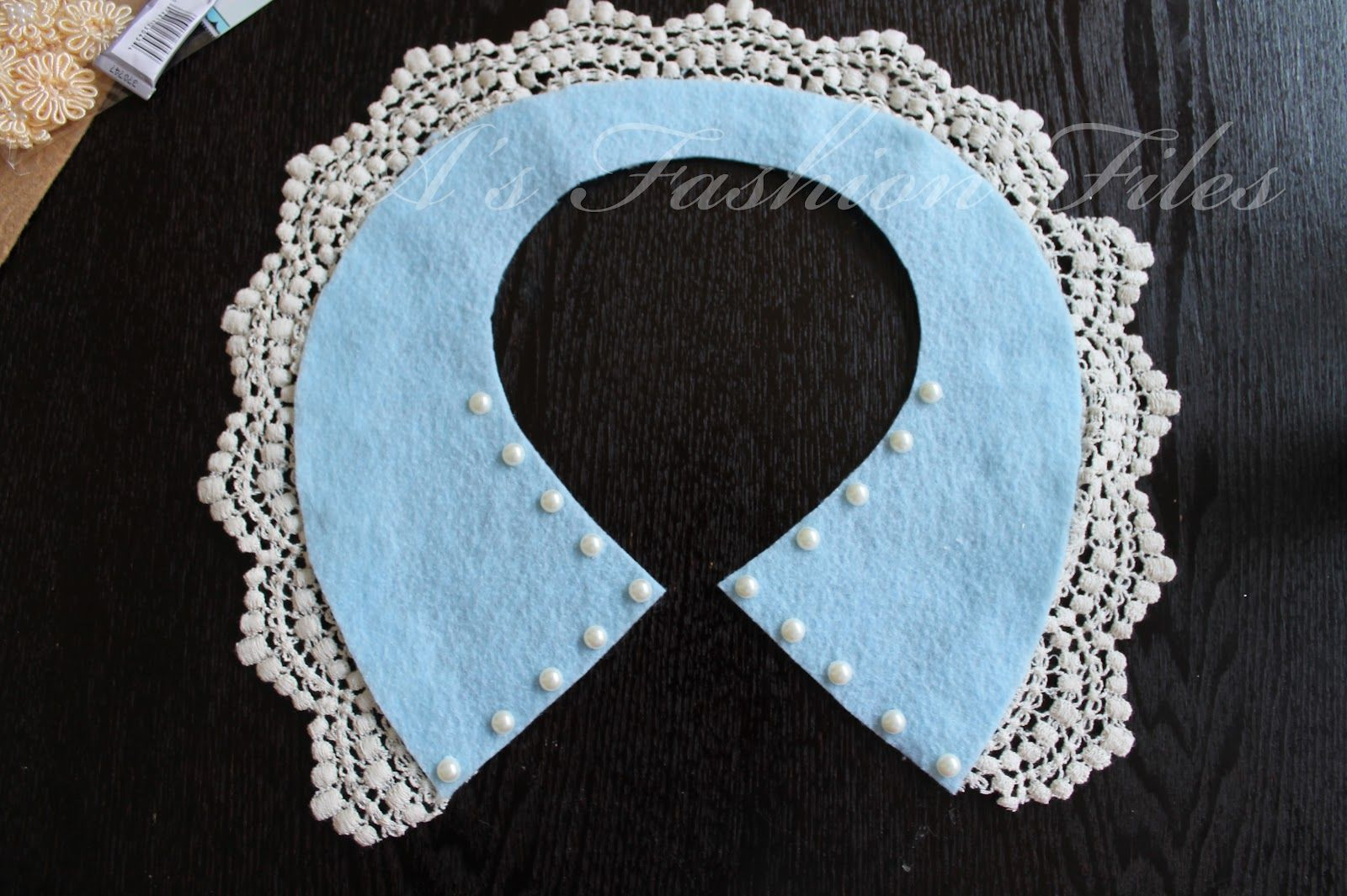 A's Fashion Files- Lace Collar DIY