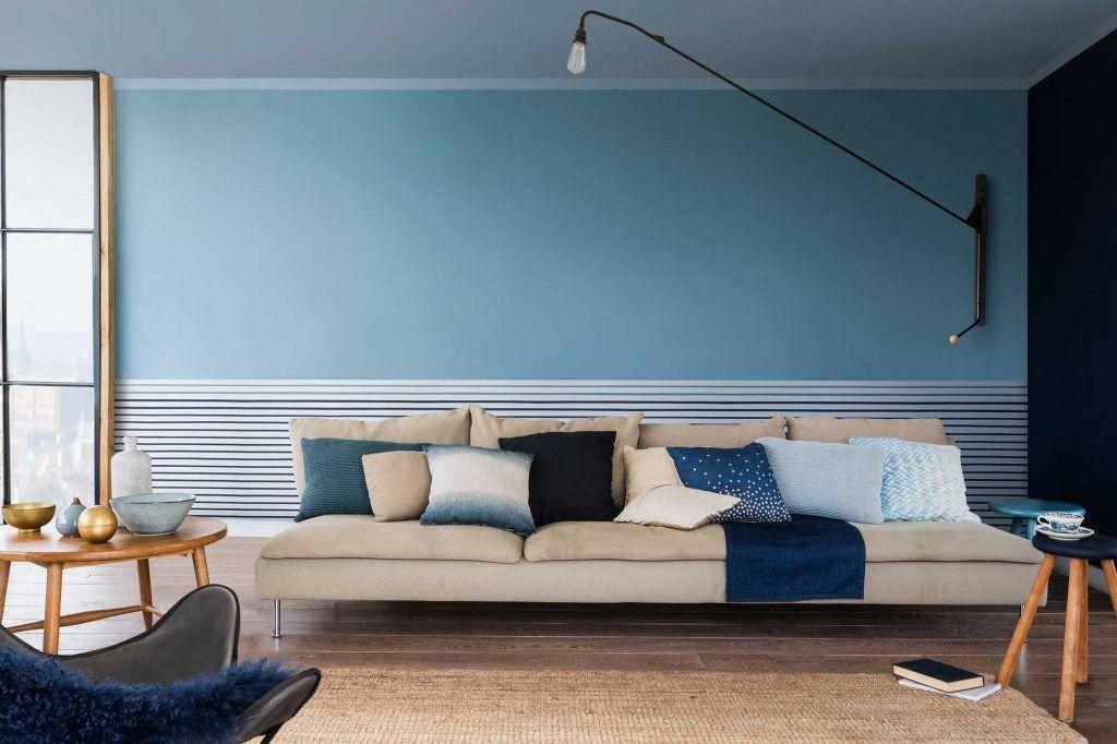 de interieurkleur van 2017 denim drift makeover woonkamer