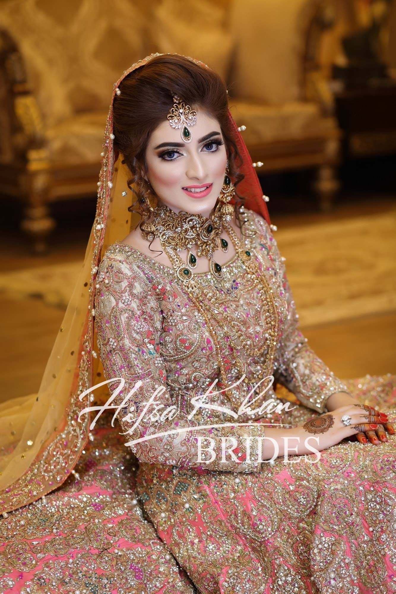 fc7bc5da0d4 Pin by Syedaghania Fatima on Pakistani Valima bride dress inspo ...