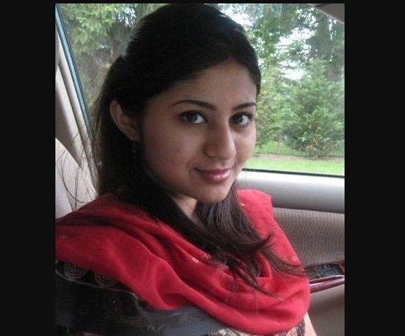 Tamil Tiruppur Girl Anushia Gounder Mobile Number For Chat