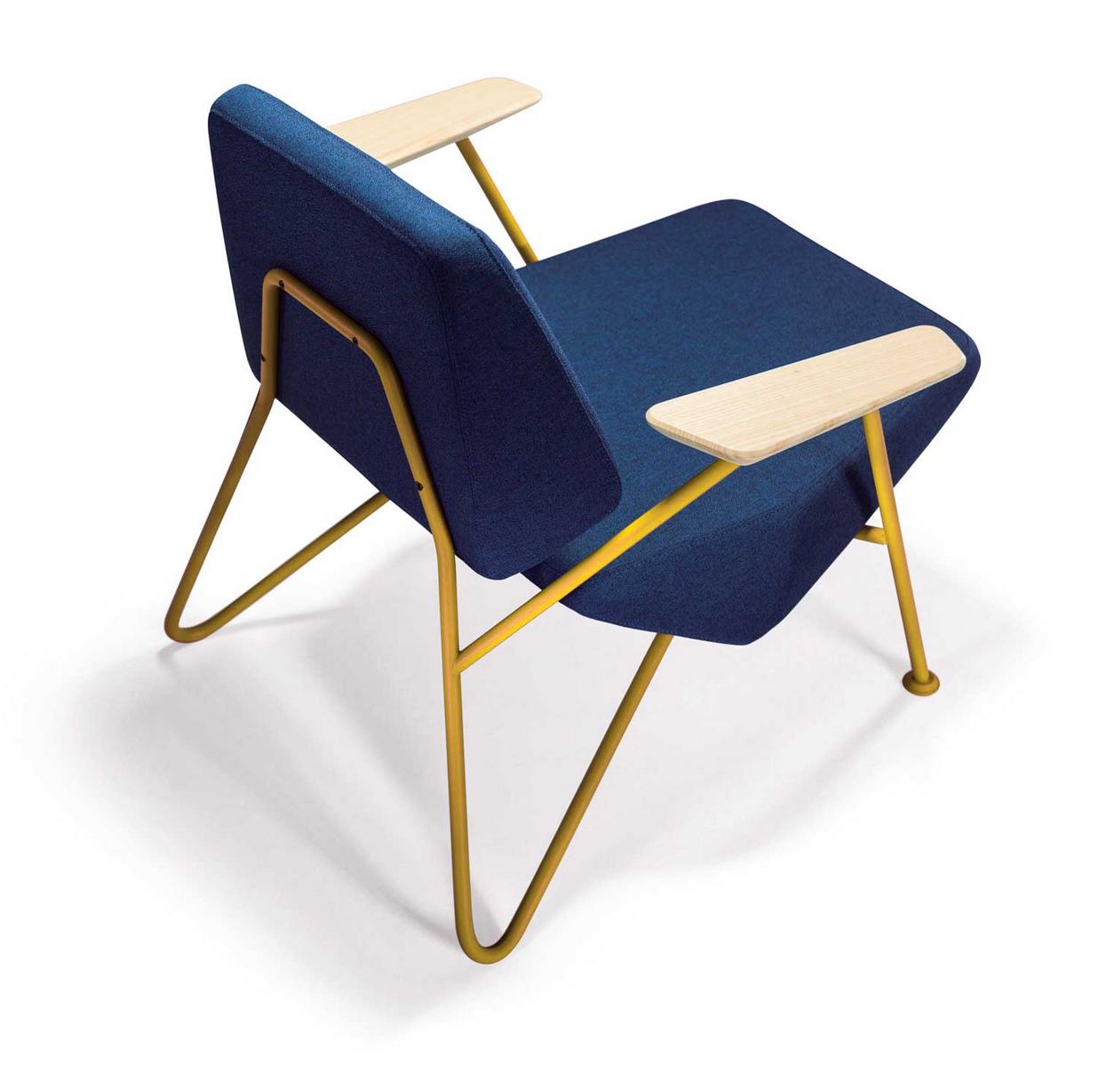 Polygon Chair By Prostoria At Superstudio Image Courtesy Of  # Muebles Laura Elda