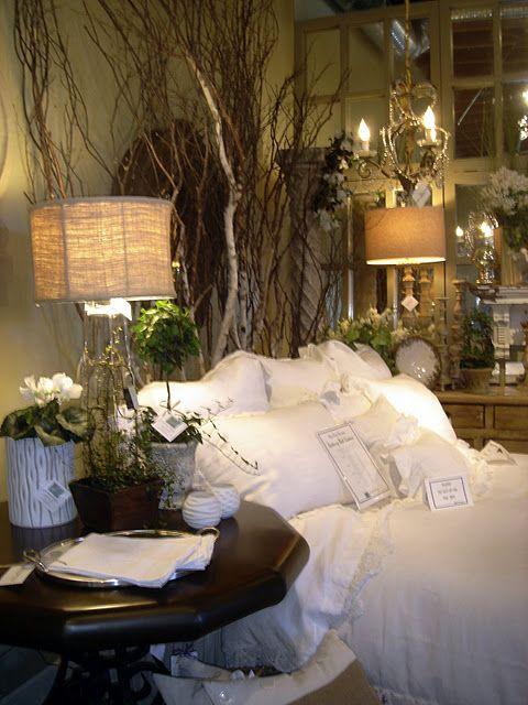 Rustic Romantic Bedroom Ideas: Romantic & Rustic In 2019