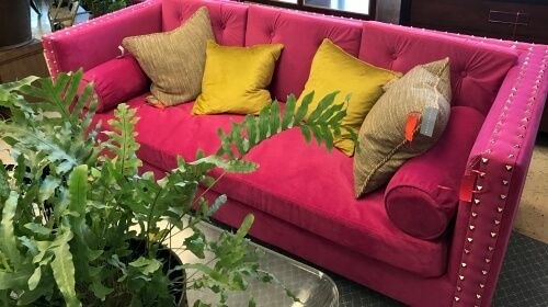 Pink Sofa – Monday's Free Daily Jigsaw Puzzle
