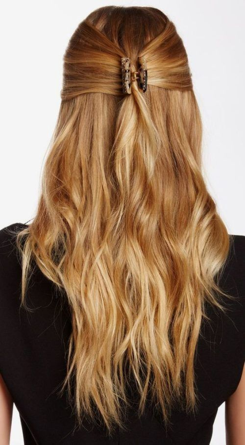 Quick And Sophisticated Hairstyle Look With Jaw Clip Clip Hairstyles Hair Styles Sophisticated Hairstyles