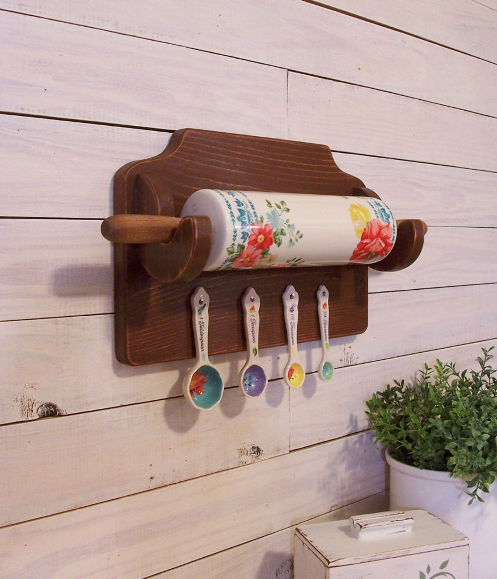 Pioneer Woman Rolling Pin Measuring Spoon Display Rack Farmhouse Style Original Design By Sawdusty Color Choice Pioneer Woman Kitchen Decor Pioneer Woman Kitchen Pioneer Woman Kitchen Design