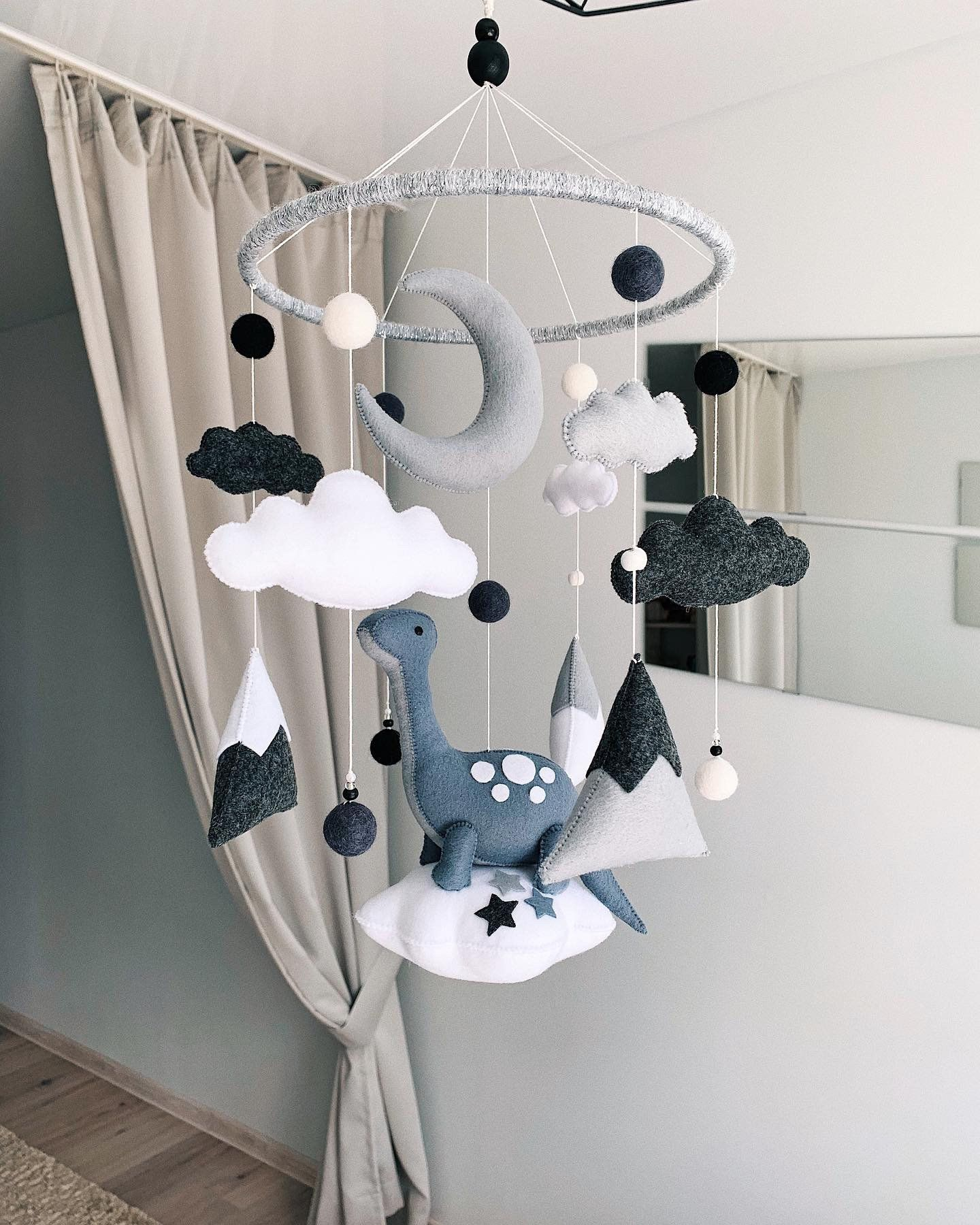Dinosaur mobile/Crib mobile/Dinosaur on a cloud for nursery/Baby mobile with dinosaurs for baby nursery/ nursery decor/