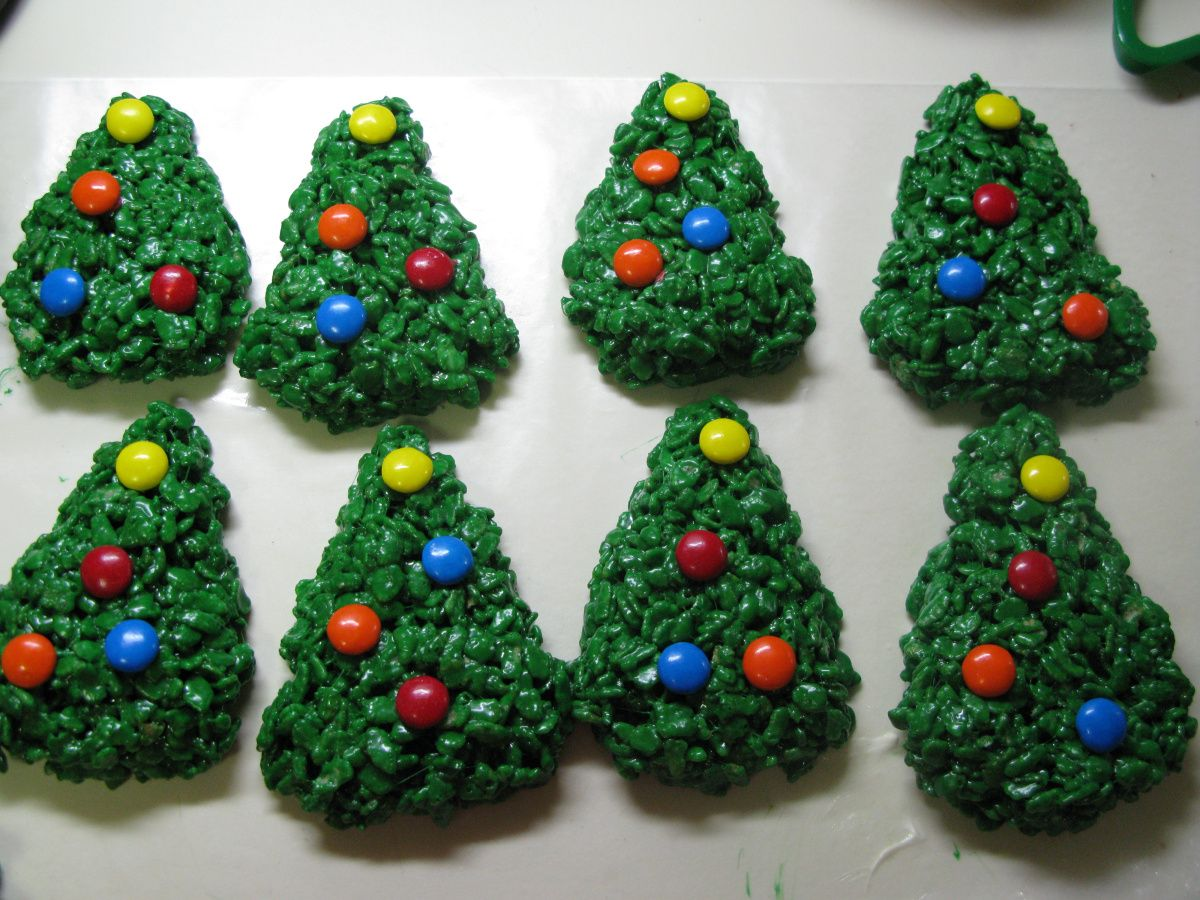 Tis the season to eat lots of goodies! Here are some rice krispie ...