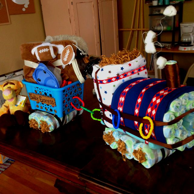 Choo Choo Train Diaper Cake With Images Baby Shower Diy Baby