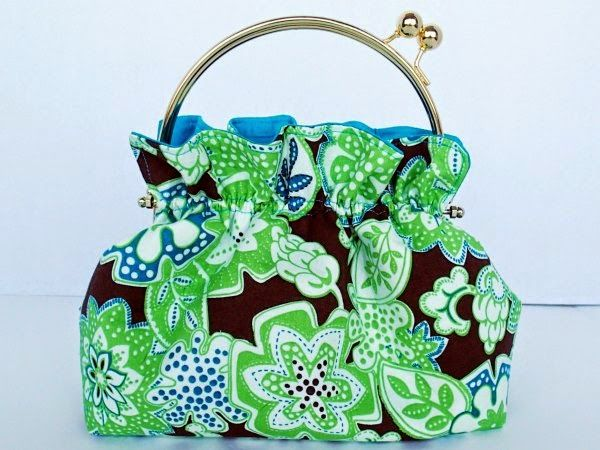 http://so-sew-easy.com/free-bag-pattern-ruffled-ready/ | Sewing ...