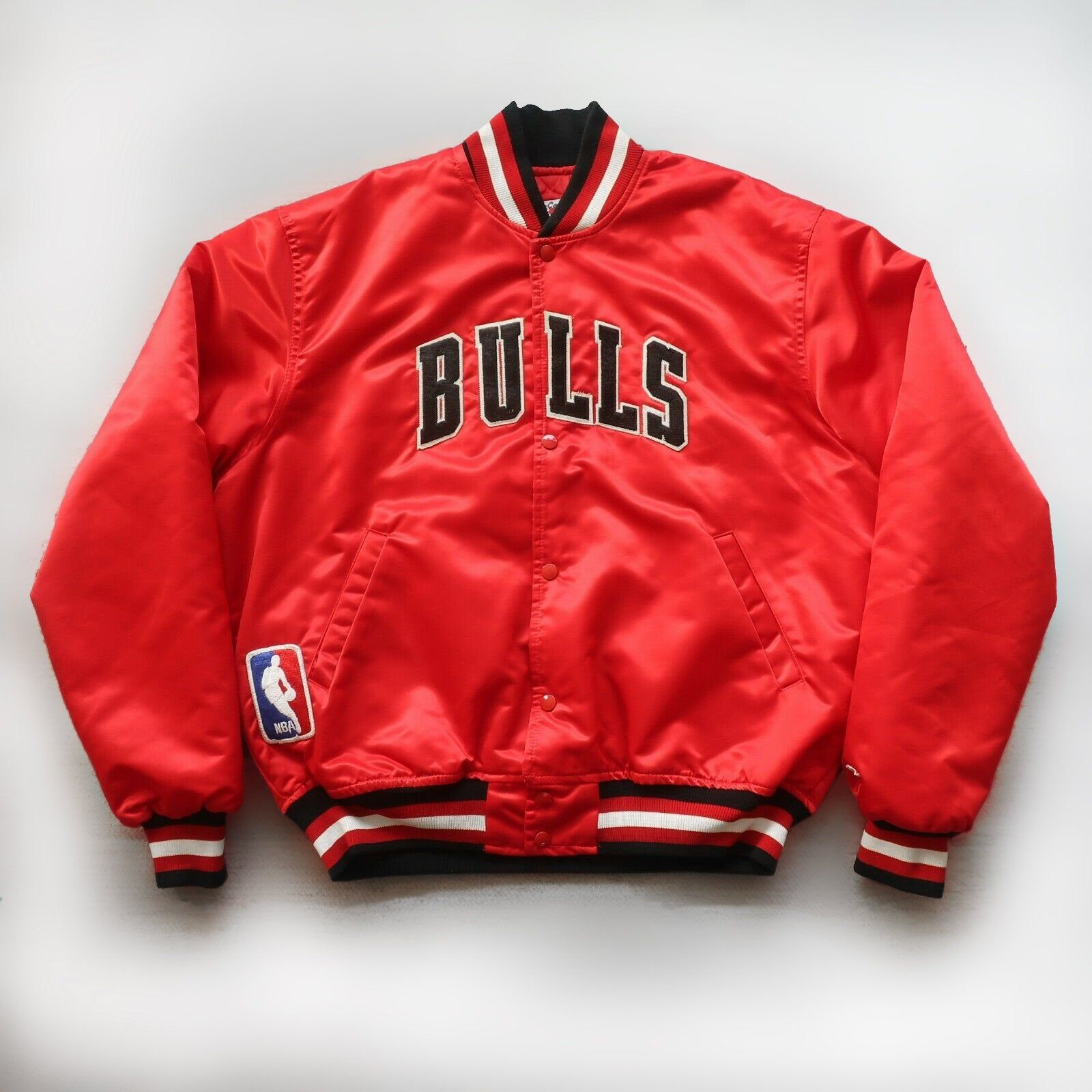 Vintage 90s Chicago Bulls Satin Jacket By Starter Red White Etsy In 2020 Satin Jackets Jackets Men S Coats And Jackets