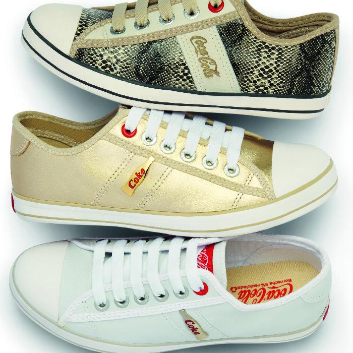 b4b6bdd64 Tênis Coca-Cola #shoes #golden #animalprint   WE LOVE SHOES   Tenis ...