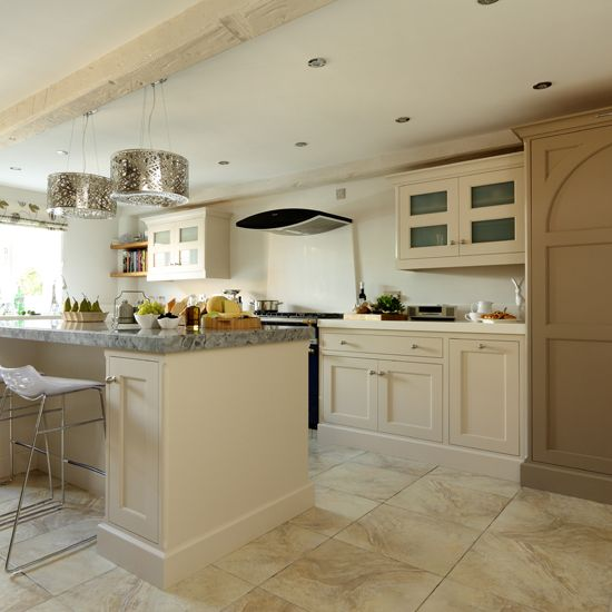Cream Shaker Kitchen With Modern Pendants Decorating Ideal