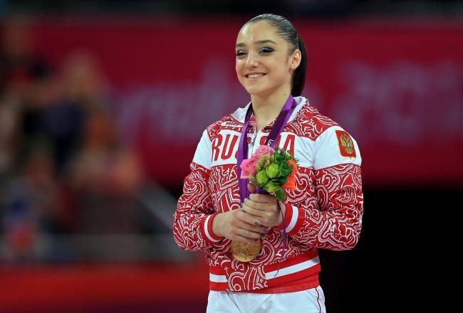 Aliya Mustafina (RUS) Wins Uneven Bars Gold - London 2012