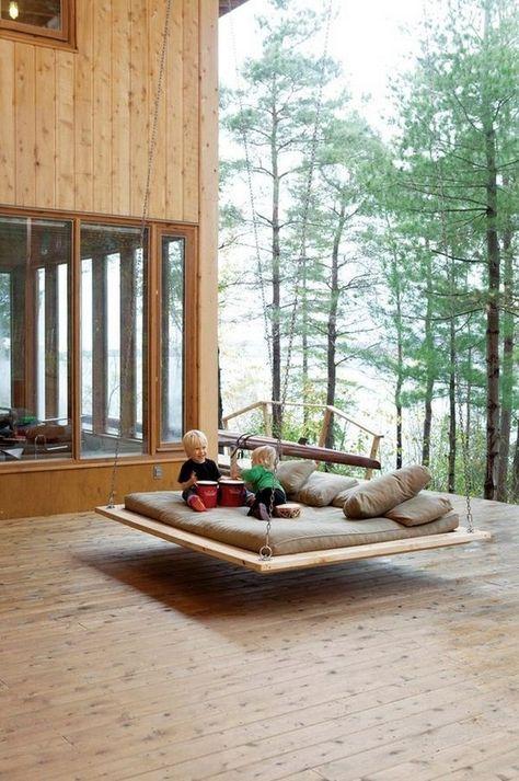 Schaukelbett im Garten - Bett aus Paletten selber machen | Selber ...