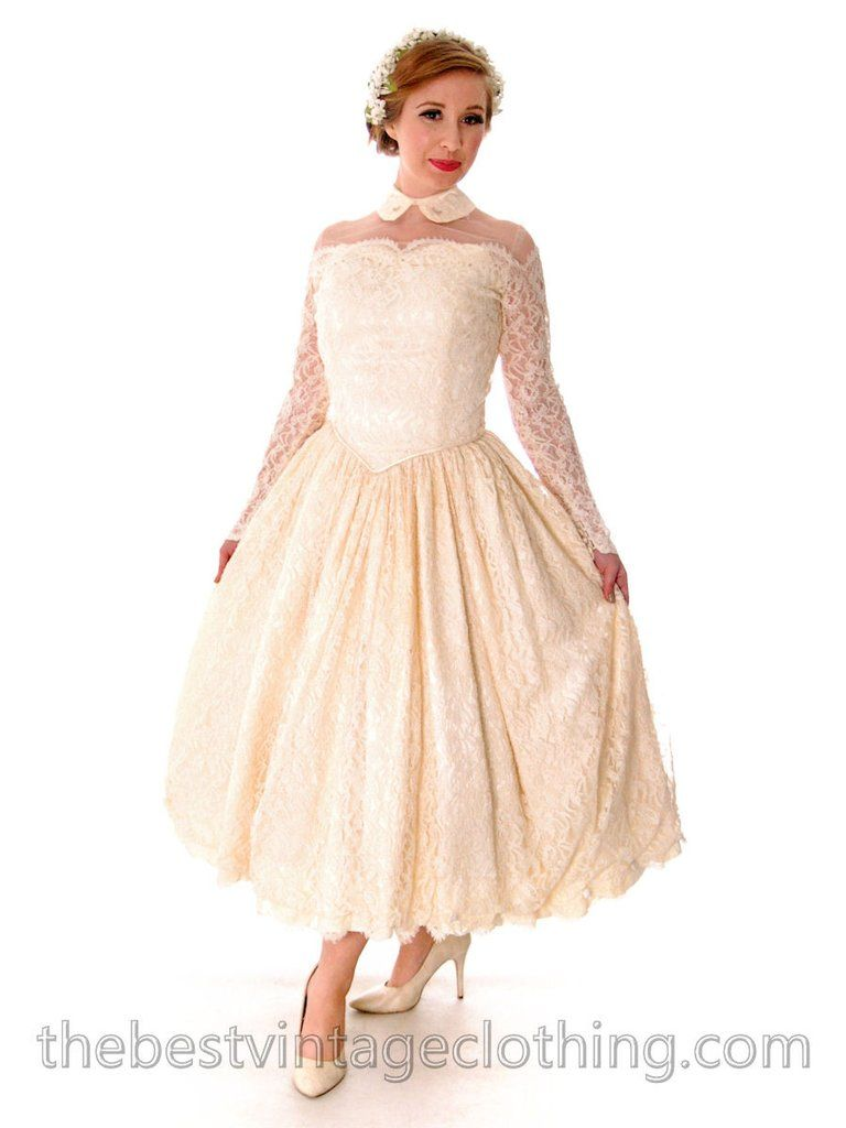 Vtg wedding dress late s new look candlelight chantilly lace