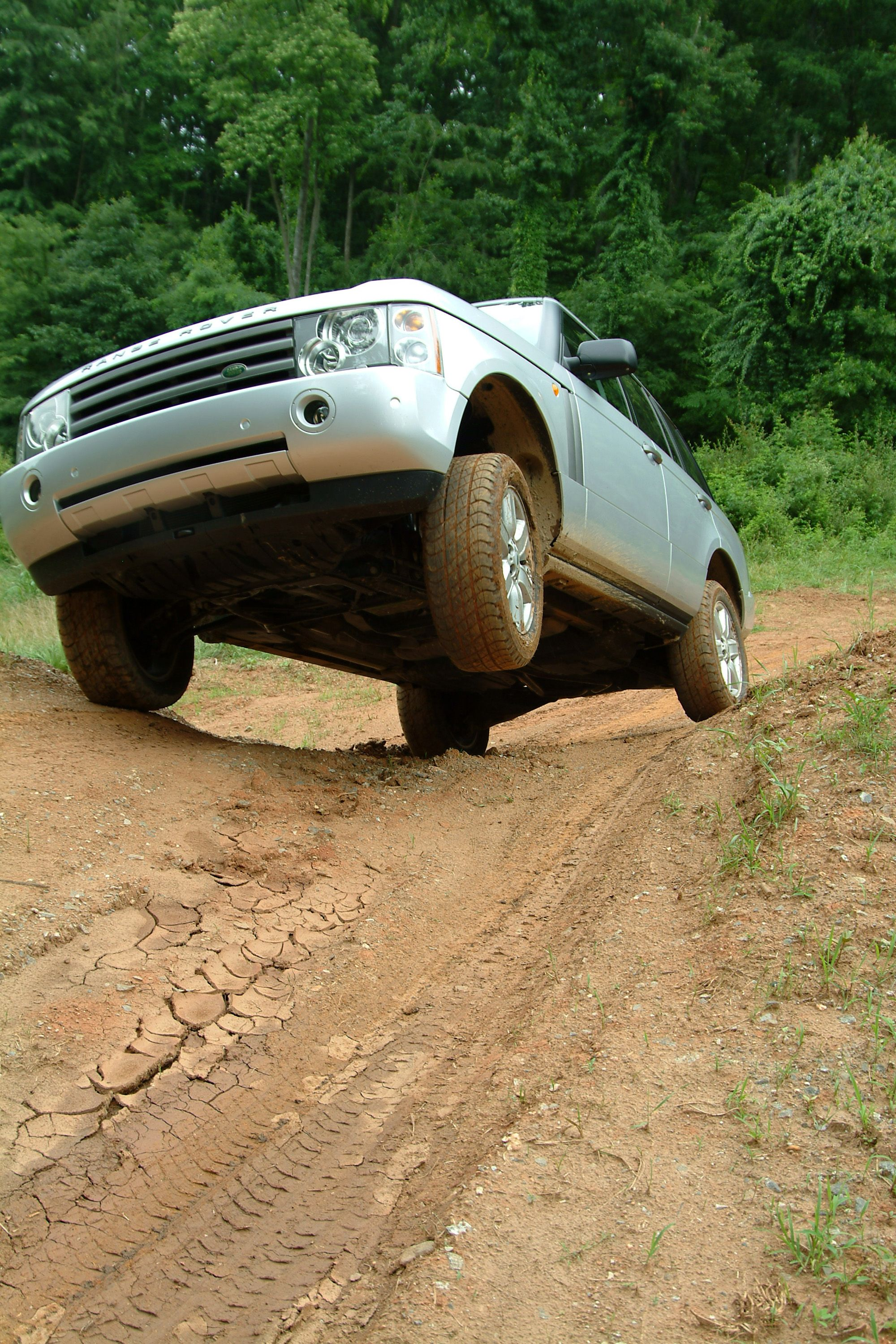 Take On Backroad Terrain In Biltmore S Land Rover Experience Land Rover Driving School Outdoor Activities