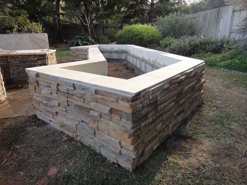 Cultured Stone Planter Box Brick Planter Stone Planters Planter Boxes