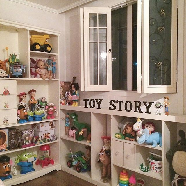 finest selection 68dc9 30e9e T O Y S T O R Y F A N 😍 #toystory | Toy story in 2019 | Toy ...