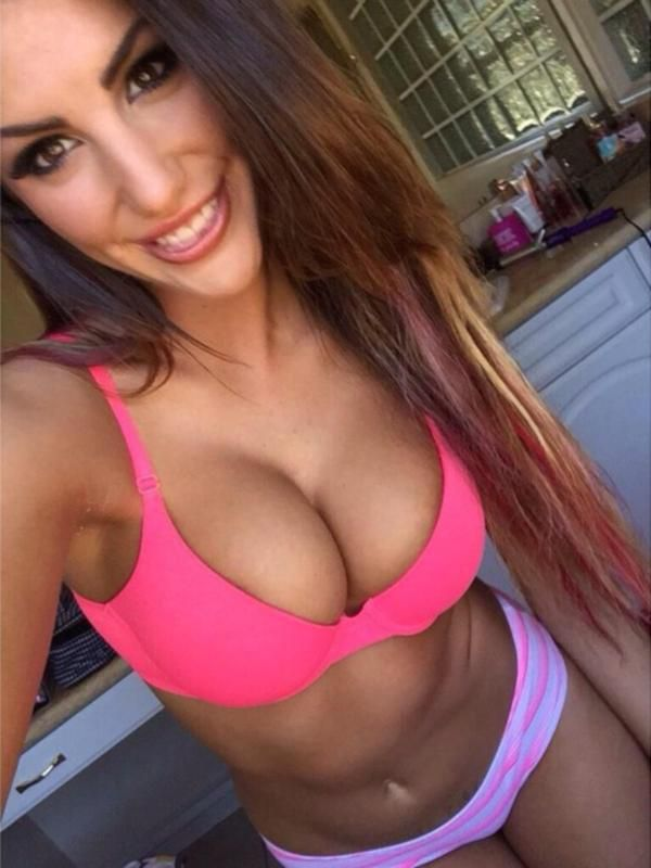 I wanna have sex with august ames