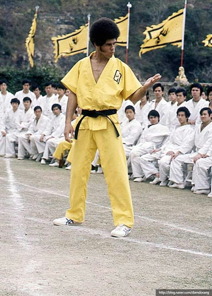 Jim kelly enter the dragon bruce lee pictures bruce