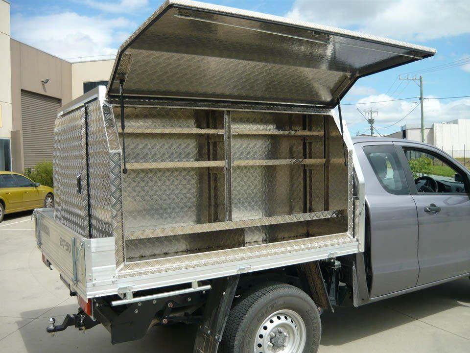 Custom aluminium tool boxes and centre compartment No.10