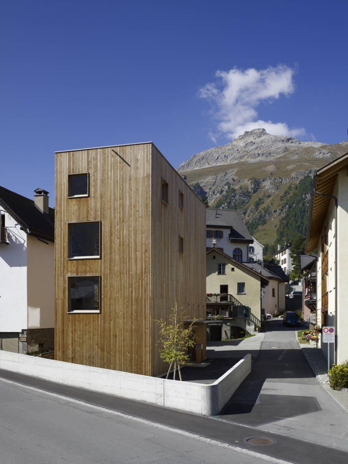 360° Wohnturm aus Holz in Graubünden My favorite