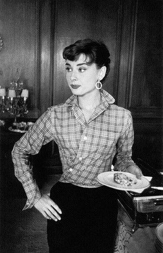 Audrey Hepburn Pixie - Die Beste Frisuren #hollywoodlegends