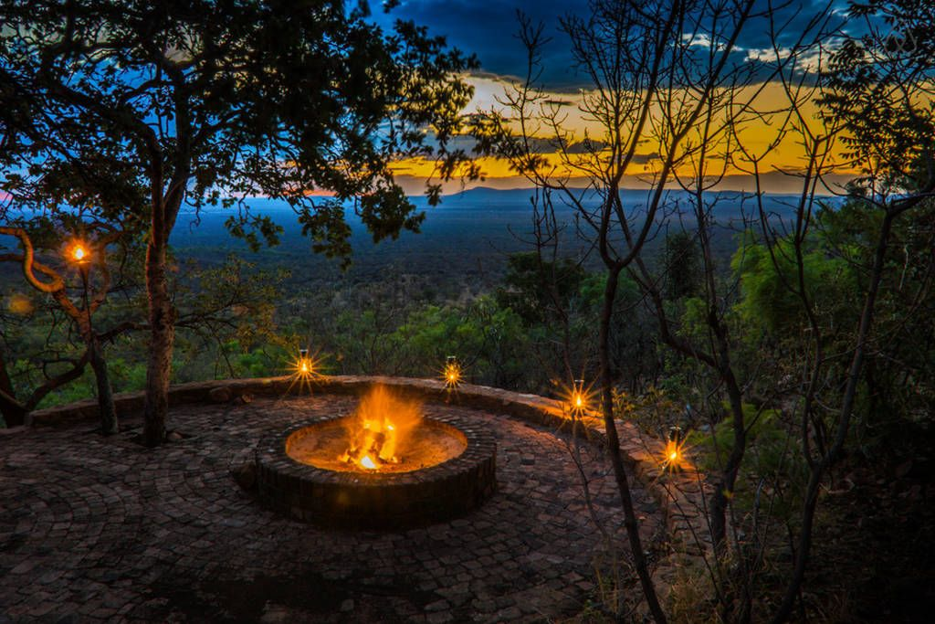 Pin By John Ulvoy On South Africa Lodges Renting A House Nature Reserve