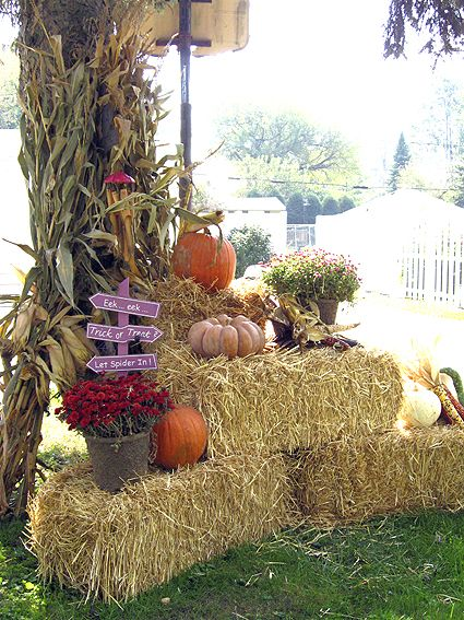 Straw Bales With Mums Fall Outdoor Decor Fall Yard Decor Fall Garden Decor