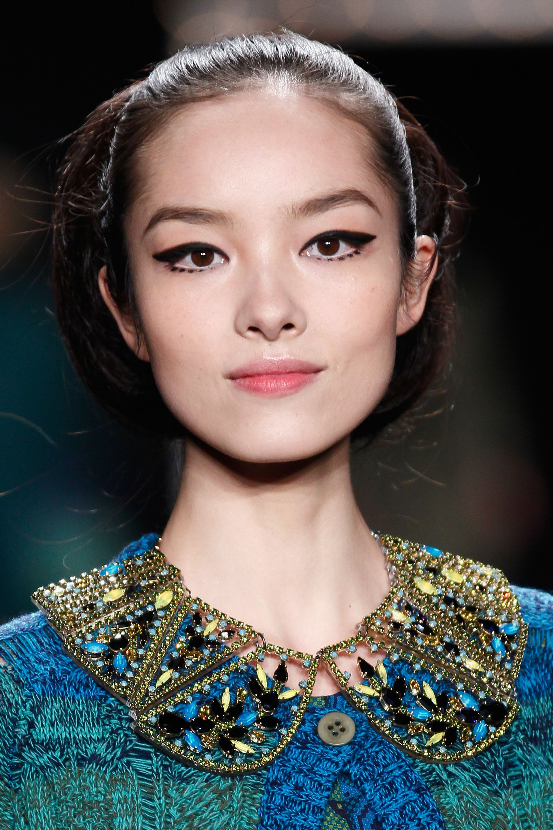 Model 60's style make up anna sui fall 2013
