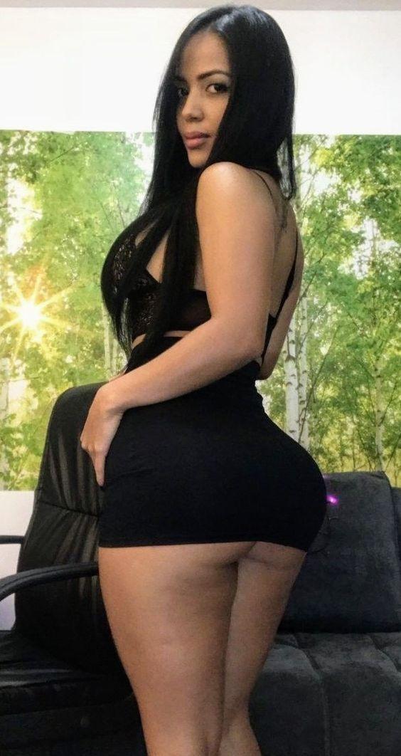 small woman Busty