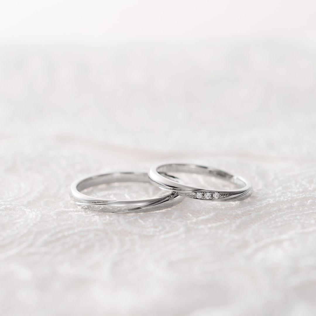 0f047498cb80c6 婚約・結婚指輪のI-PRIMO(アイプリモ)公式アカウントさんはInstagramを利用しています:「*  想いがひとつに合わされば、どんな未来も描いていける。