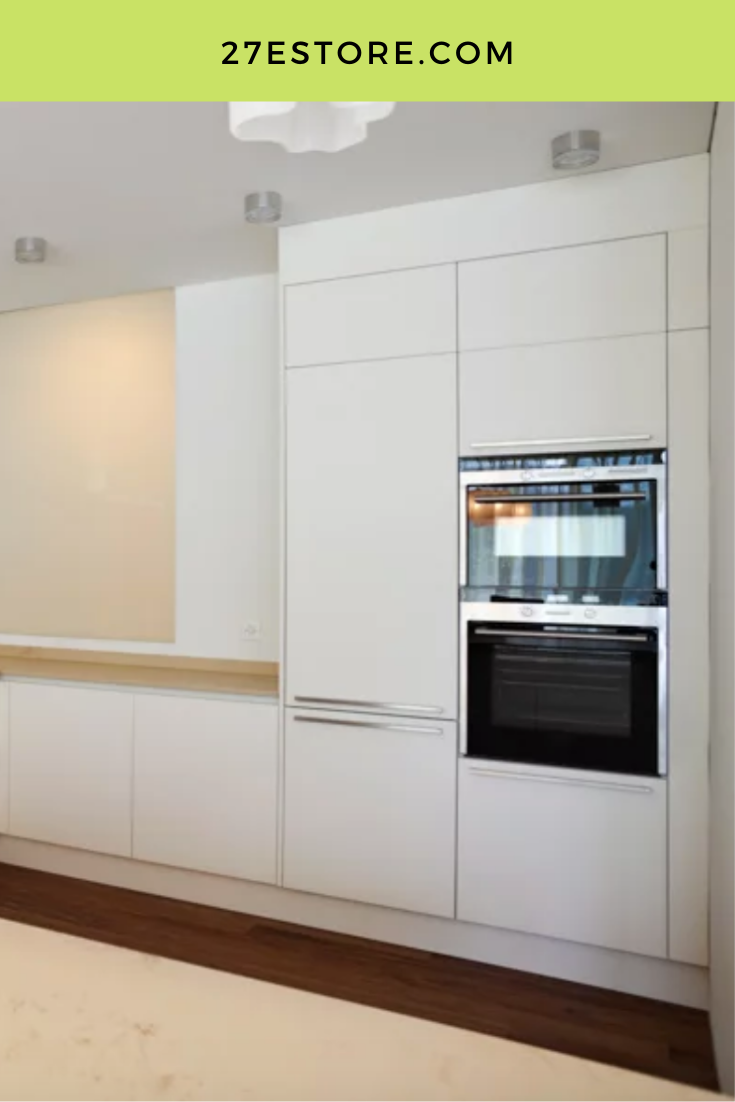 High Gloss White Cabinet Doors In 2020 With Images Kitchen