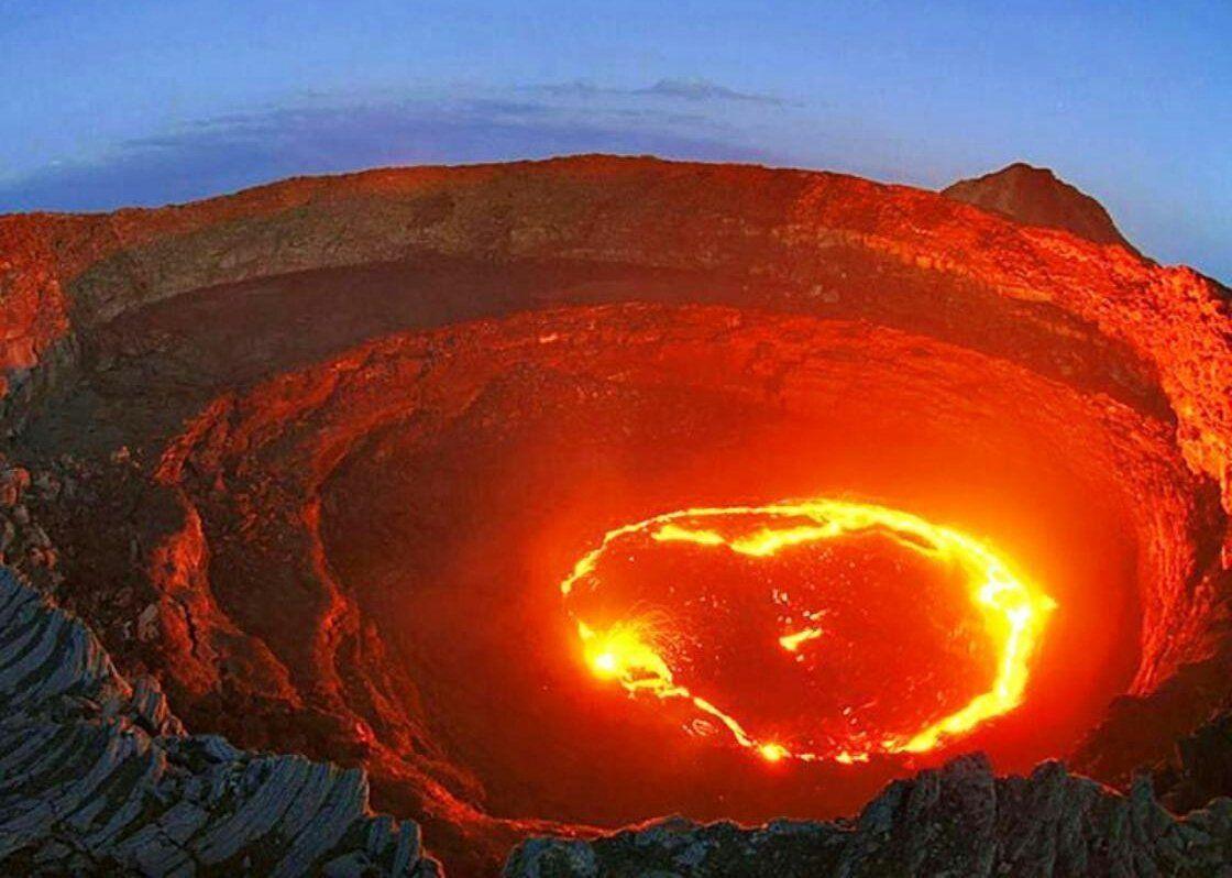تعريف و وصف ظاهرة البراكين Volcano Iceland Volcano Lava