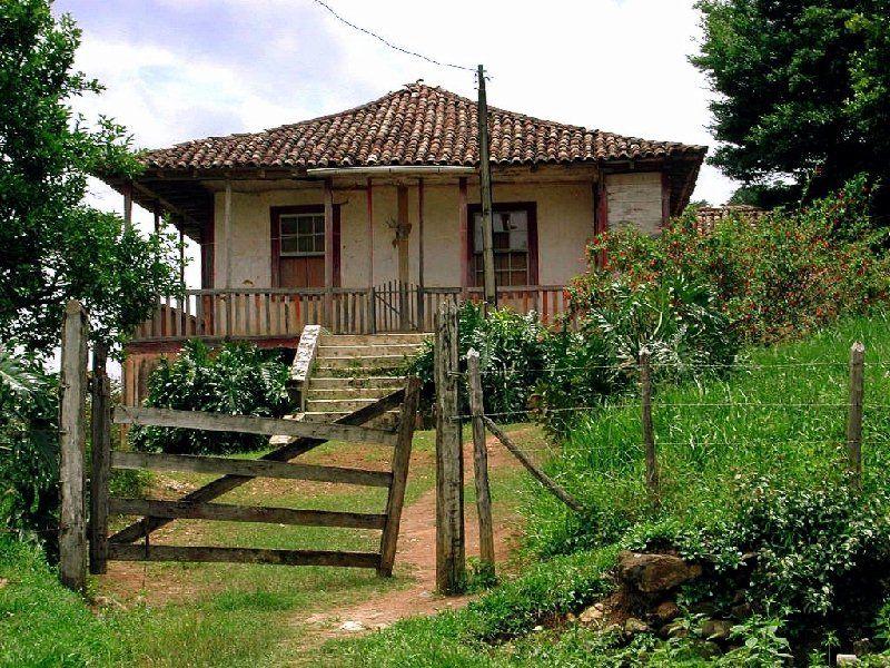 Decoracion de interiores estilo rustico casas de campo for Decoracion de casas brasilenas