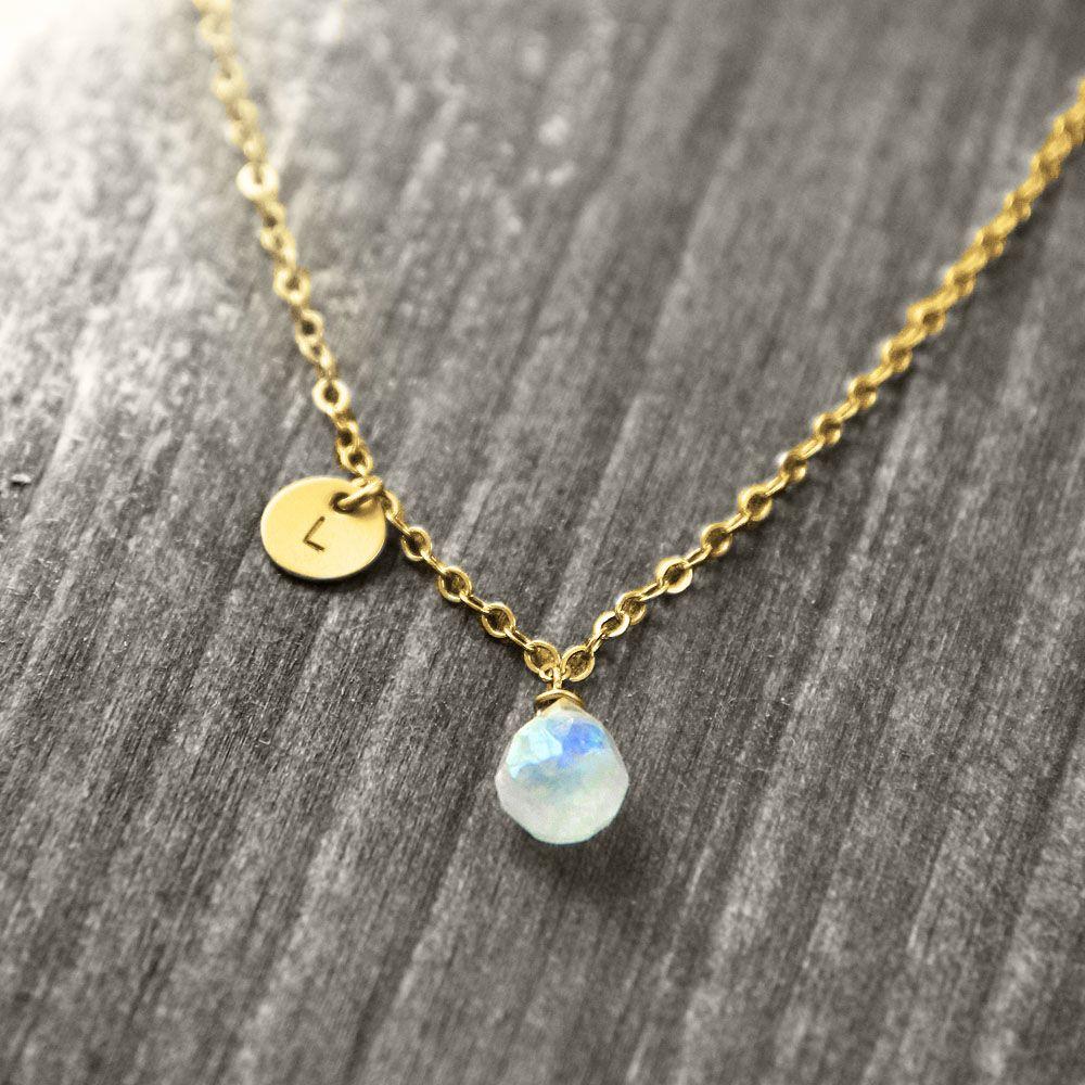 PETITE PIERRE Halskette mit Edelstein und Initial | gold