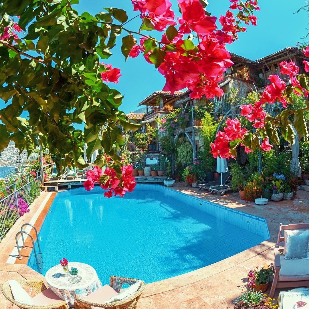 Persian Pool Antalya