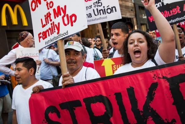 Hundreds March In Atlanta Seeking Boost In Minimum Wage