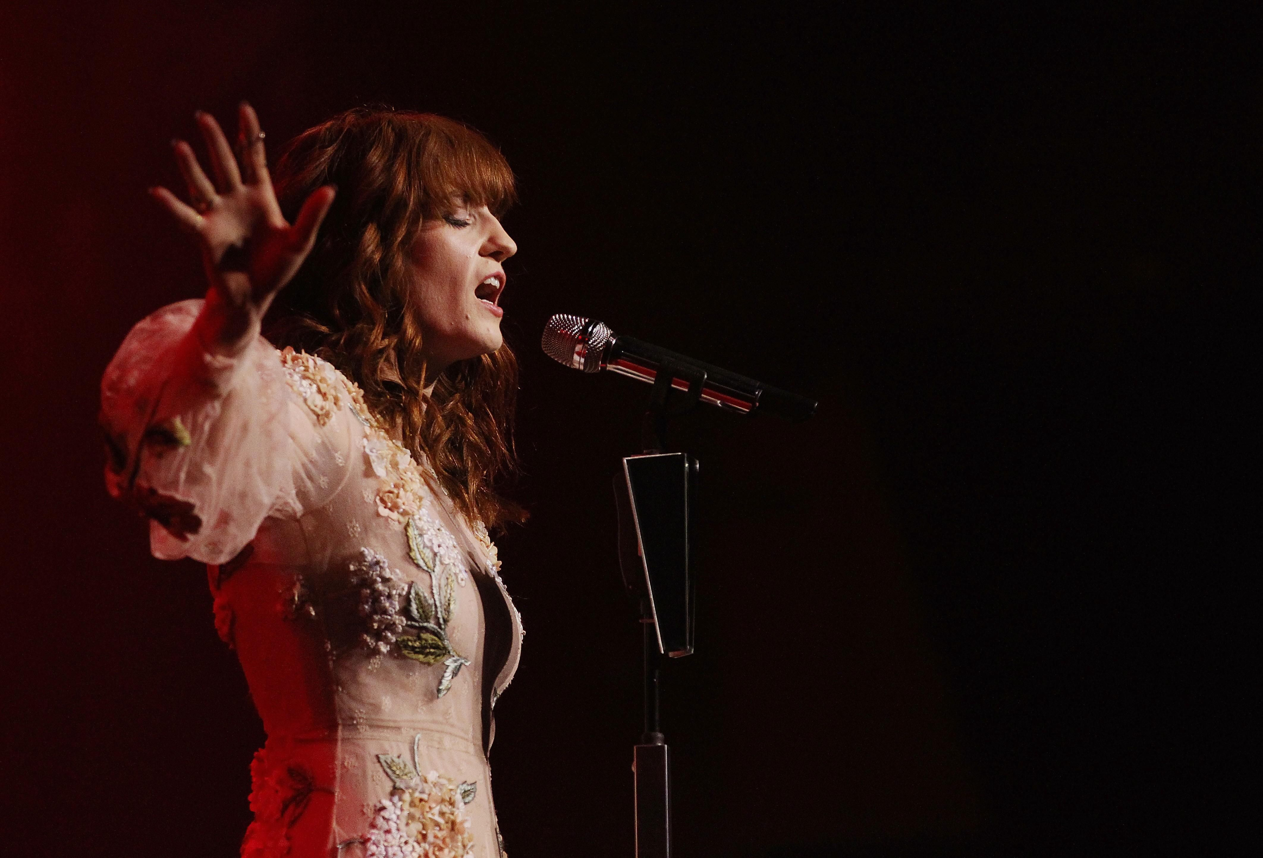 Florence And The Machine Wallpapers Hd Florence Florence Welch Machine