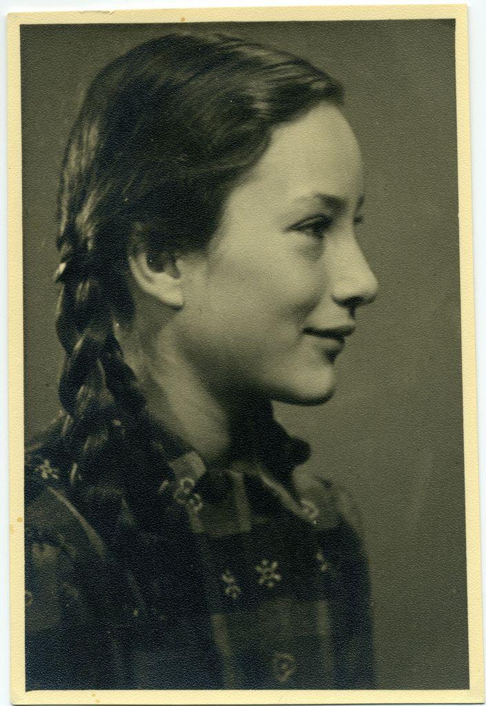 1930s portrait photography girls - Eulalie | 1930's Paris ...